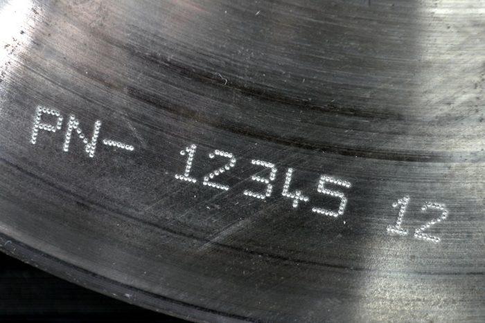 Marcatura di parti metalliche